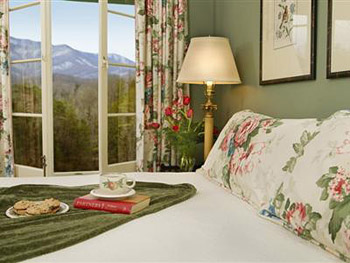 Buckhorn Inn in Gatlinburg, TN