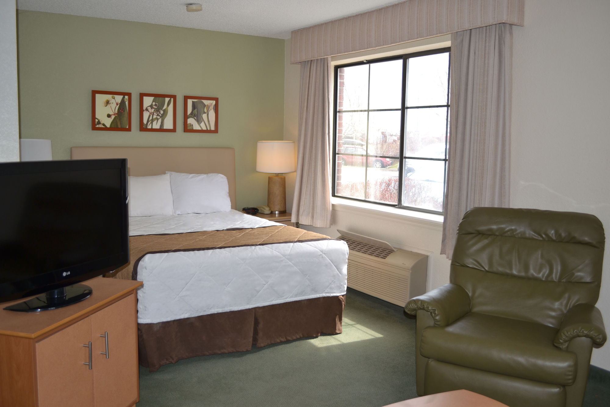 Extended Stay Hotels Englewood Co