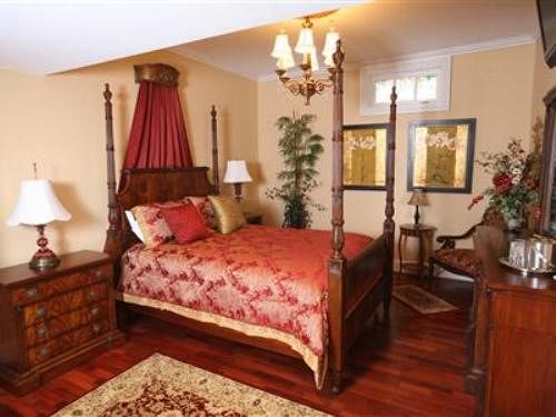 Chestnut Hill Bed & Breakfast in Orange, VA