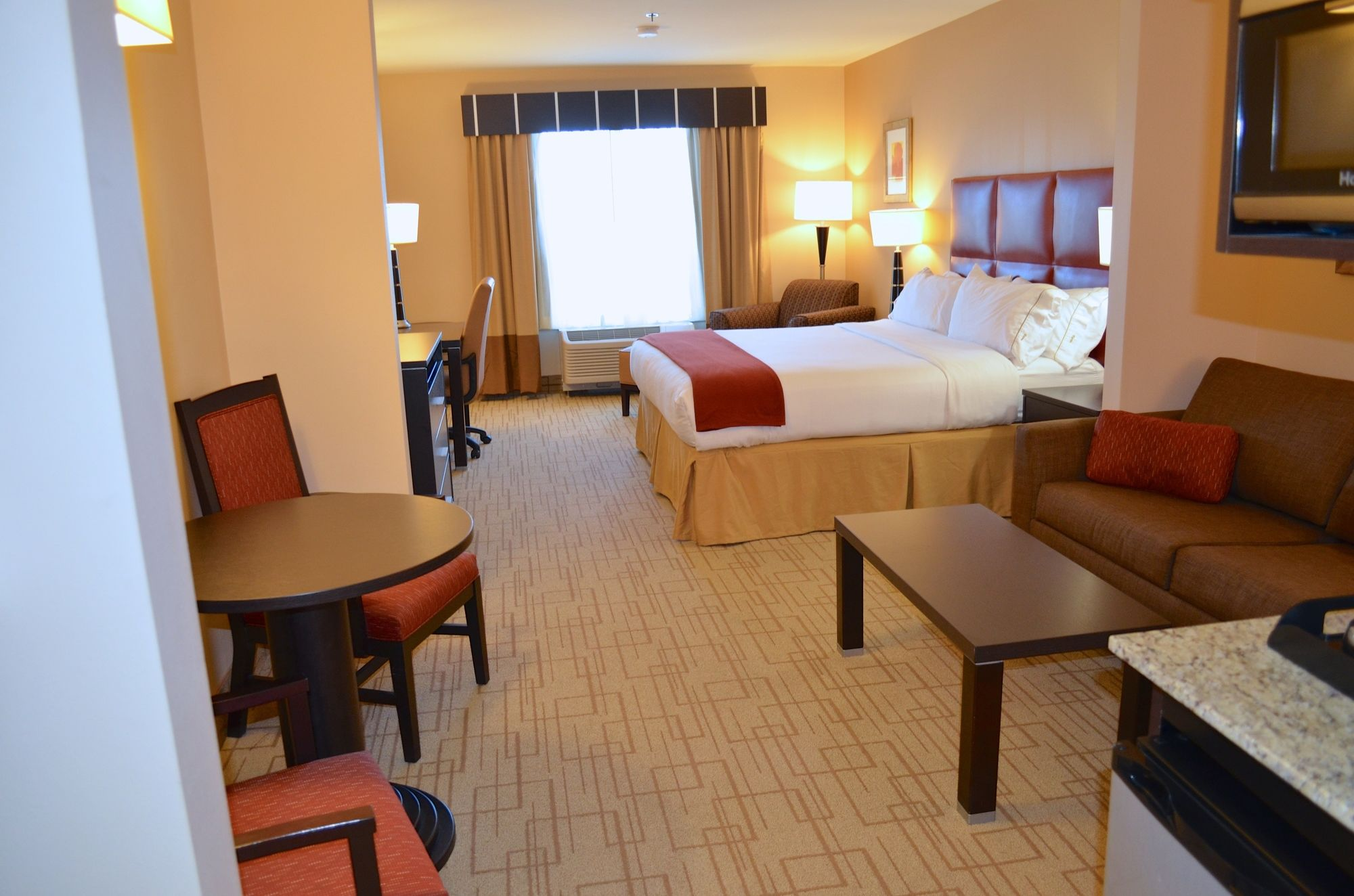 Holiday Inn Express Hotel & Suites Smithfield - Selma I -95 in Smithfield, NC