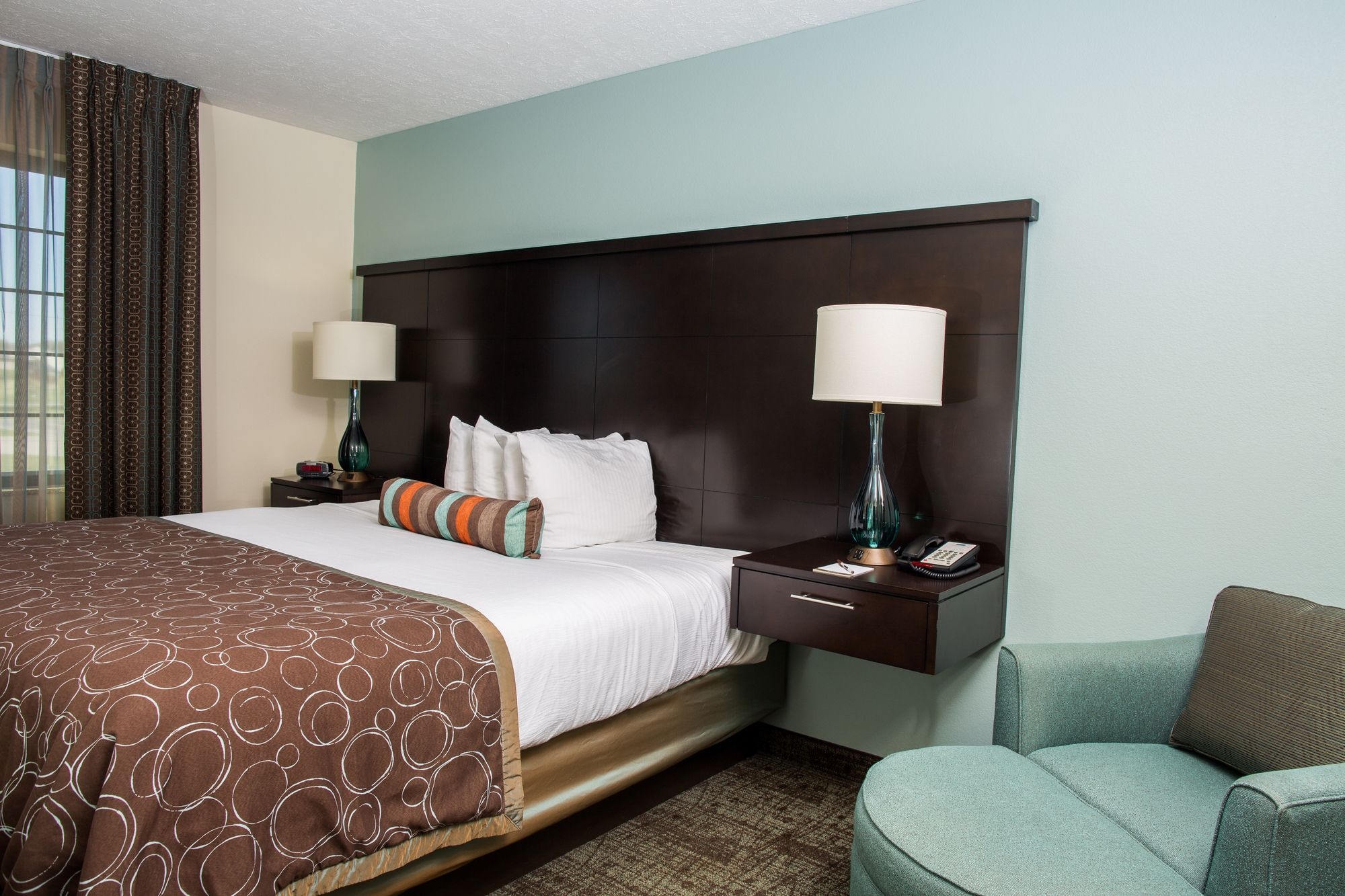 image this gallery suites extended lincoln stay of property pioneer us candlewood hotel drive ne com booking woods