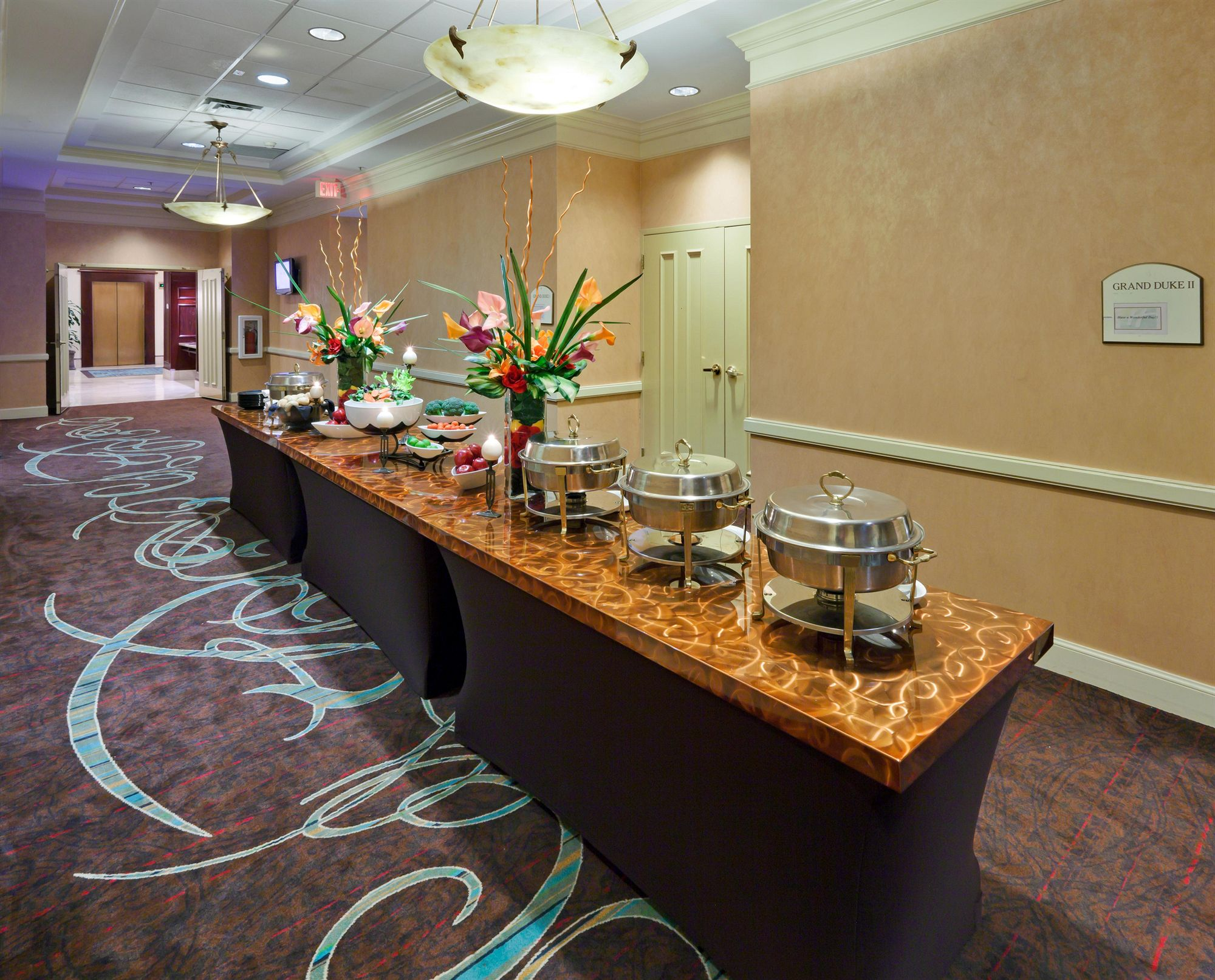 Holiday Inn Chantilly-Dulles Expo Center