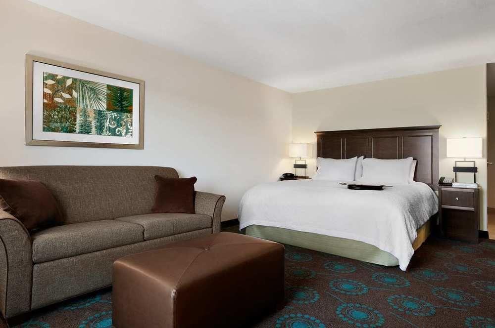 Hampton Inn & Suites Huntsville/Research Park Area in Huntsville, AL