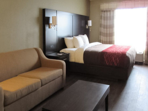 Comfort Inn & Suites in Lithia Springs, GA