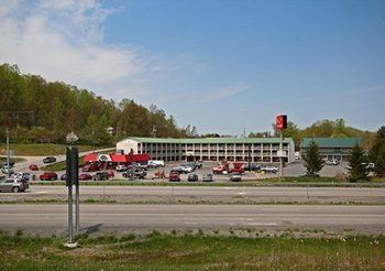 Econo Lodge Summersville in Summersville, WV