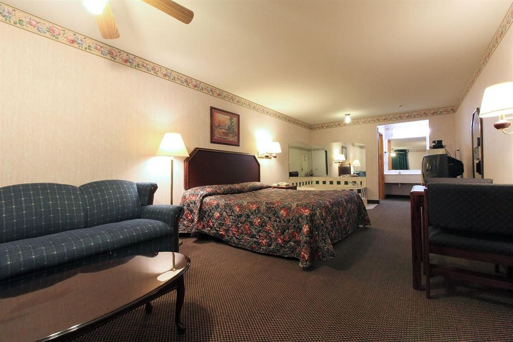 Americas Best Value Inn & Suites in Glen Allen, VA