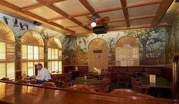 The Historic Clewiston Inn