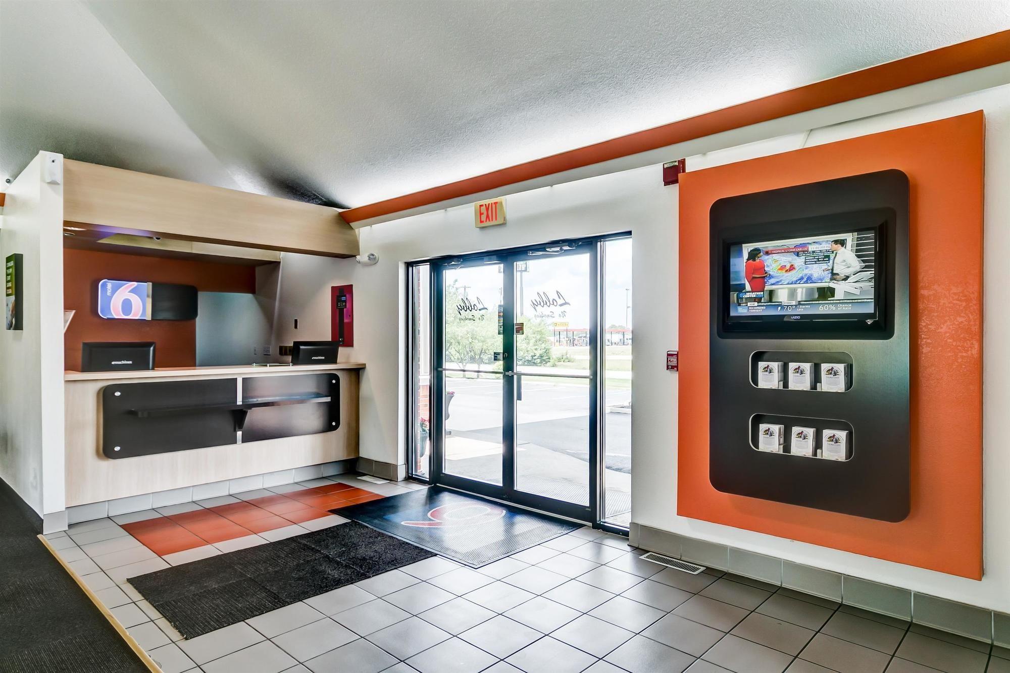 Motel 6 Georgetown - Lexington North in Georgetown, KY