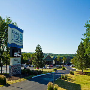 Cheap Hotels Near Lake Geneva Wi Gaitlinburg Tn Cabins