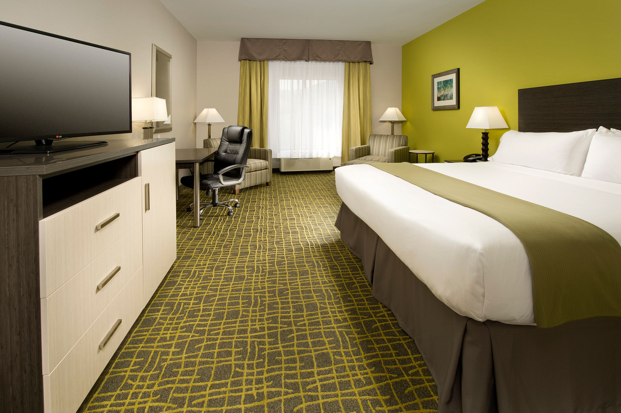 Holiday Inn Express & Suites, Caryville in Caryville, TN