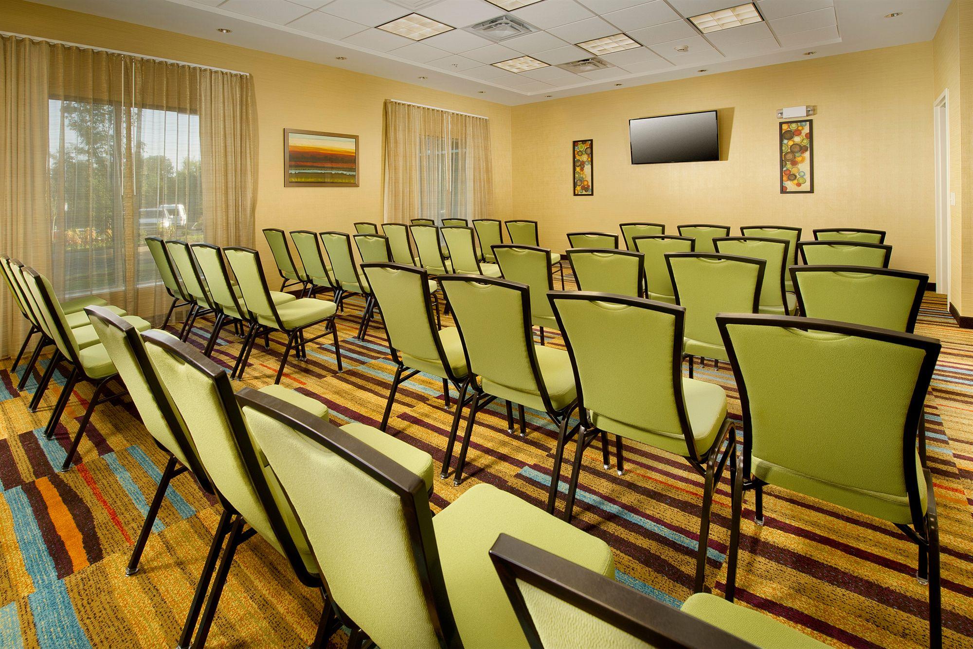 Fairfield Inn & Suites Knoxville West in Lenoir City, TN