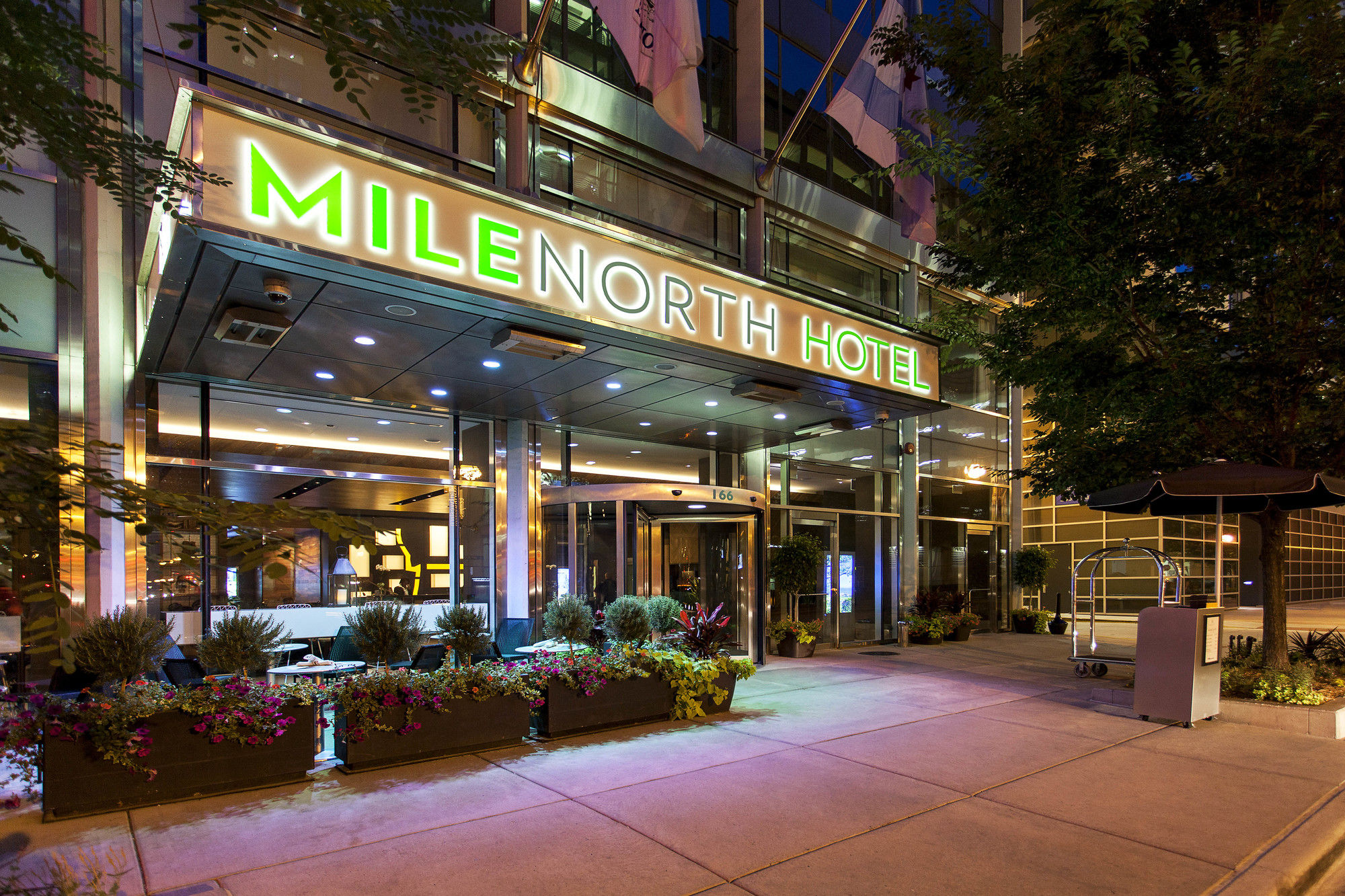 Chicago Hotel Coupons for Chicago, Illinois - FreeHotelCoupons.com