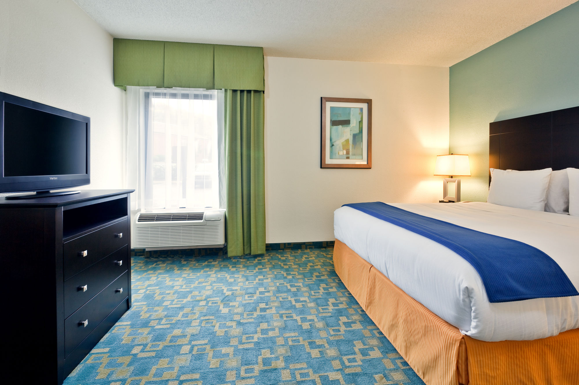Holiday Inn Express Hotel & Suites Brentwood North