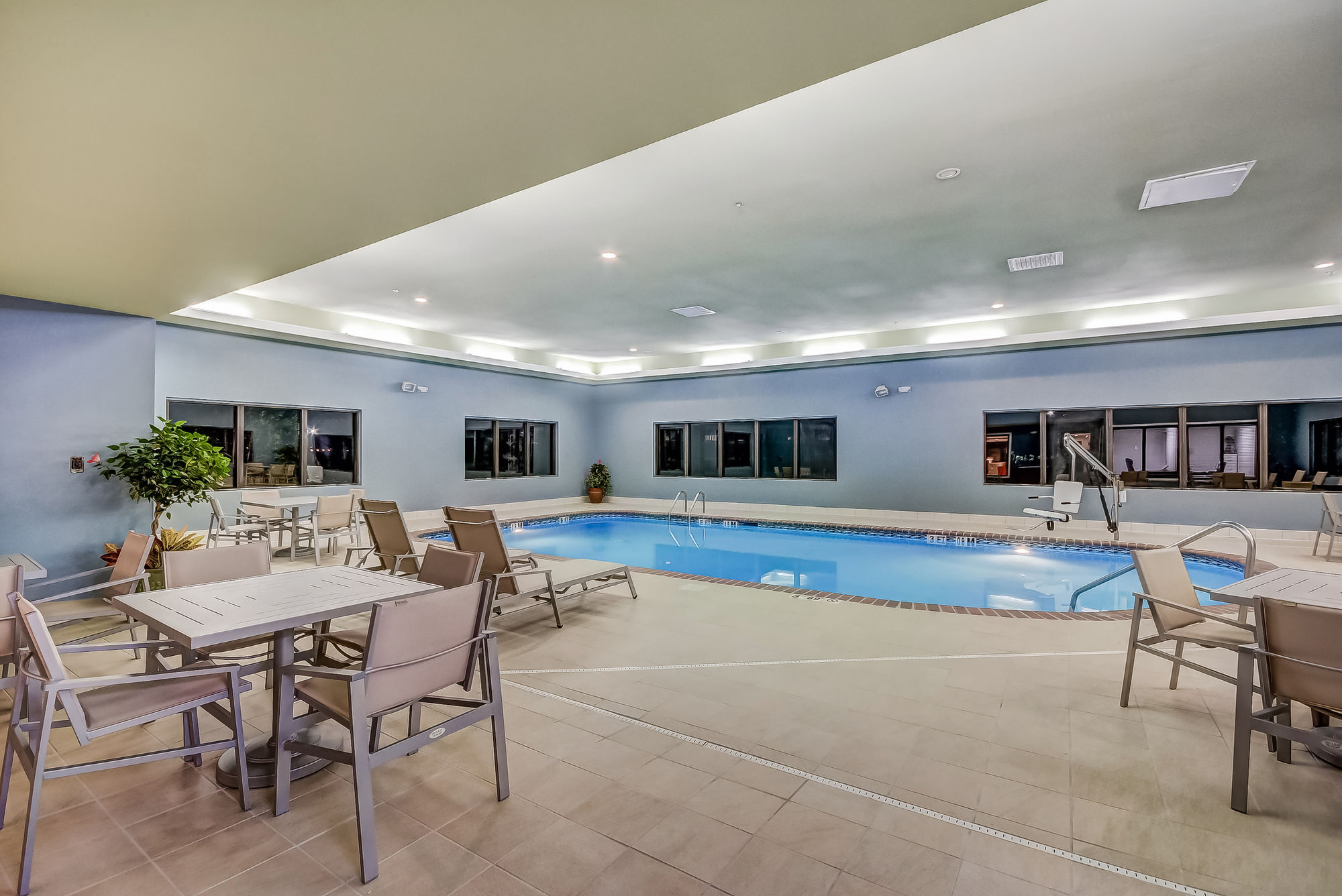 Holiday Inn Express Hotel & Suites Greenville Airport in Greer, SC
