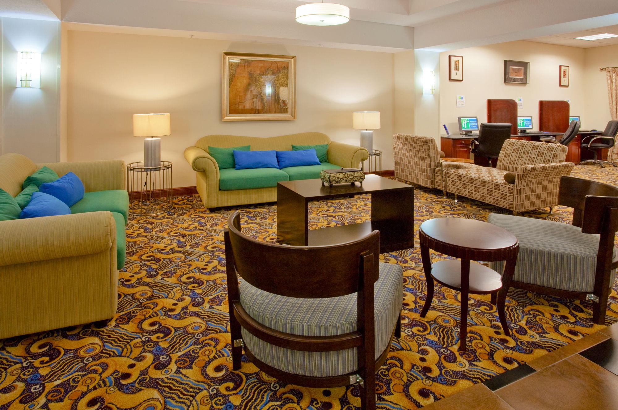 Holiday Inn Express Hotel & Suites Ocoee East