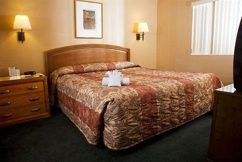 Emerald Suites - S. Las Vegas Blvd.
