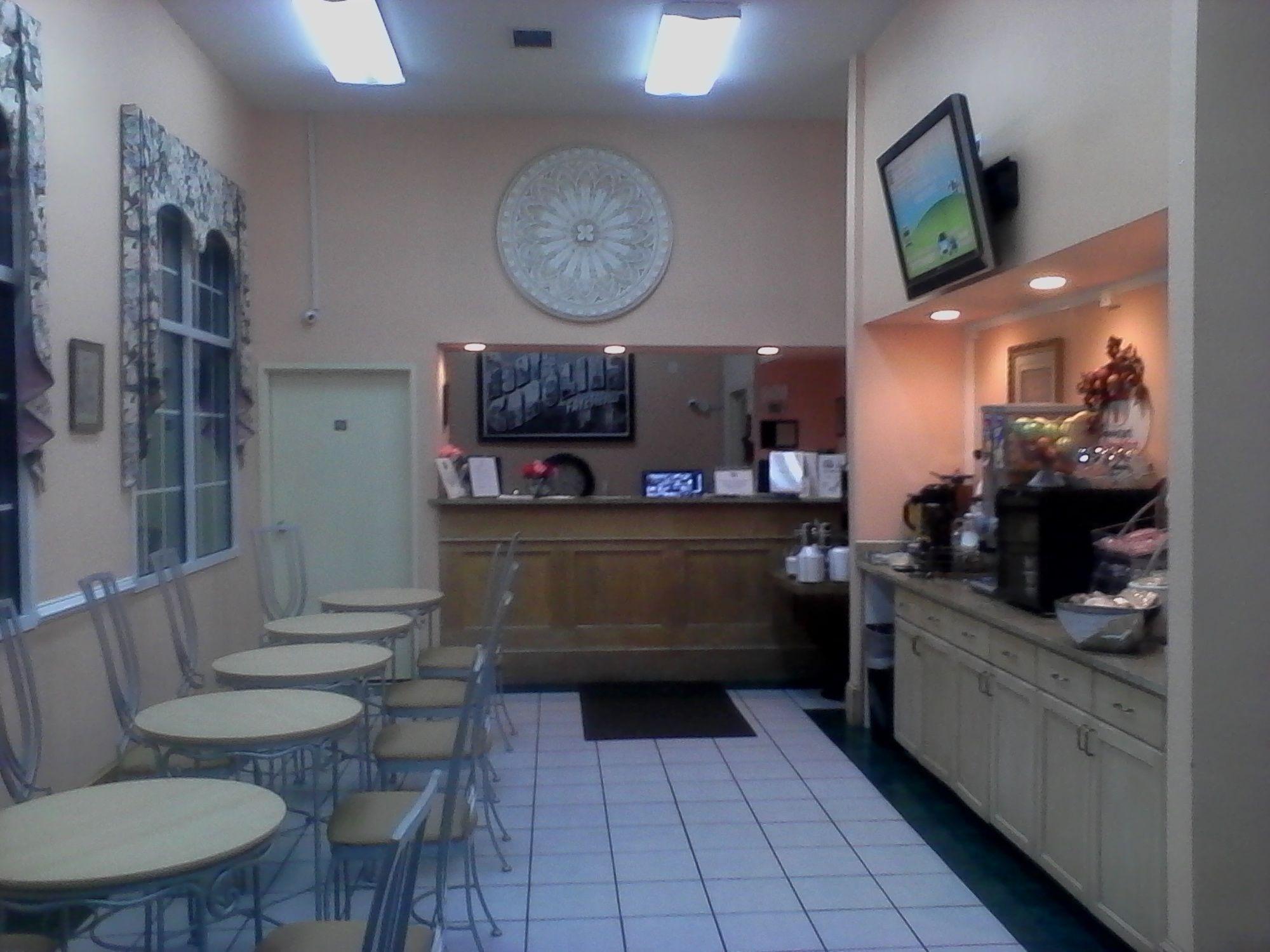 Super 8 Motel - Fayetteville in Fayetteville, NC