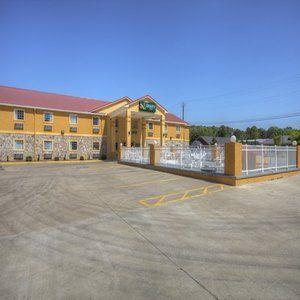 Quality Inn Fort Payne in Gadsden, AL