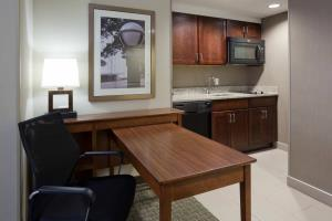 Homewood Suites Rochester-Saint Mary???s & Mayo Clinic Area