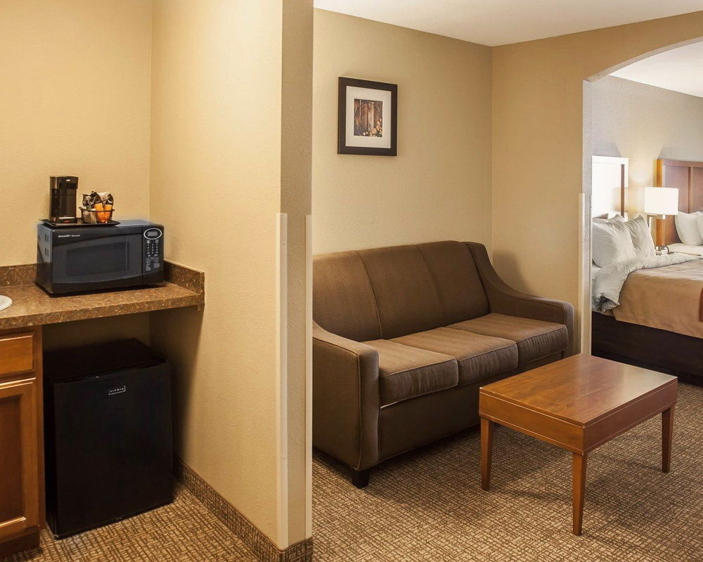 Comfort Inn & Suites in Georgetown, DE
