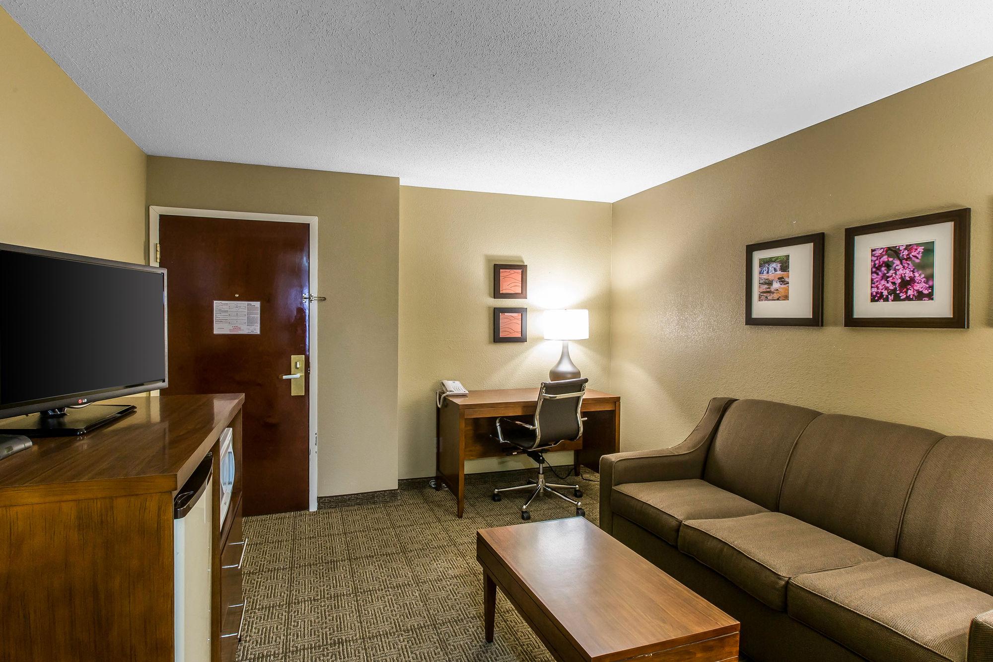 Comfort Inn & Suites Peachtree Corners