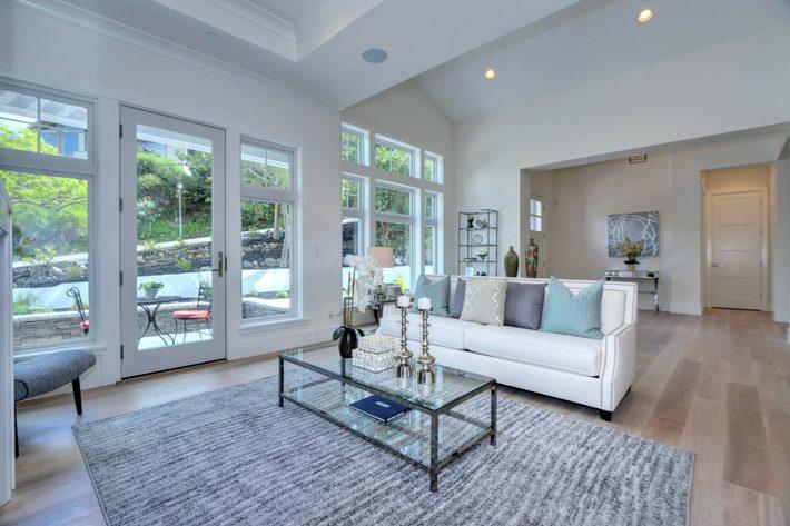 315 quinnhill rd los altos ca print 004 5 living room to  entry view 3673x2451 300dpi