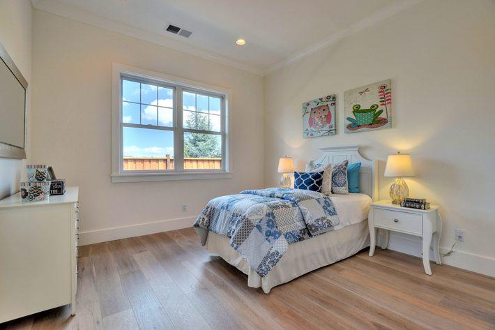 315 quinnhill rd los altos ca print 031 28 bedroom four 3659x2448 300dpi