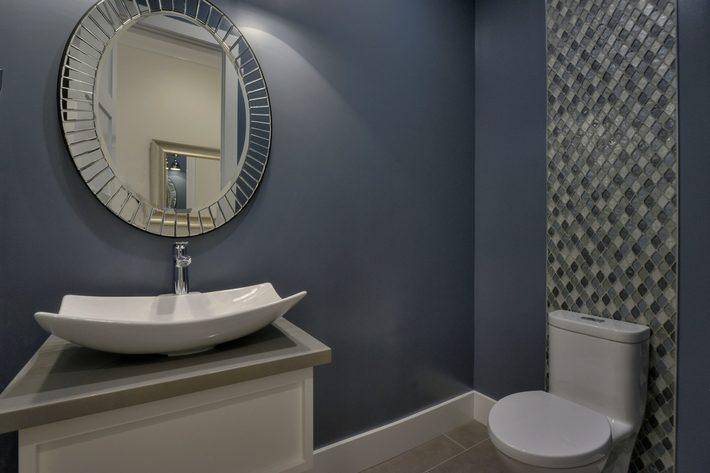315 quinnhill rd los altos ca print 036 39 hall bathroom 3673x2452 300dpi