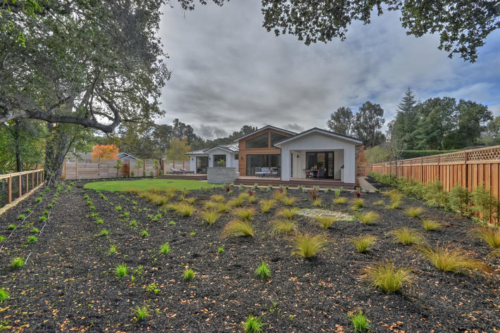 349 blue oak lane los altos ca large 045 25 backyard view 1499x1000 72dpi