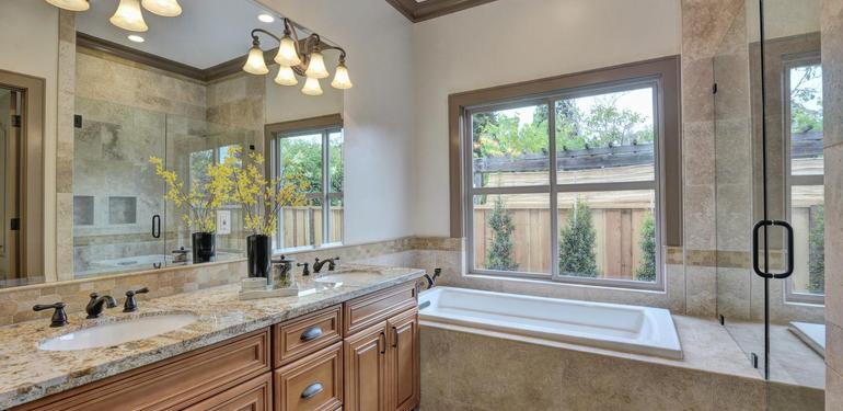 390_Margarita_Ave_Palo_Alto_CA-large-027-Master_Bathroom_View-1499x1000-72dpi.jpg