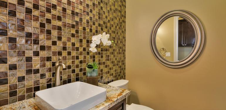 10860_Johnson_Ave_Cupertino_CA-large-014-Hall_Half_Bath_View-1500x1000-72dpi.jpg