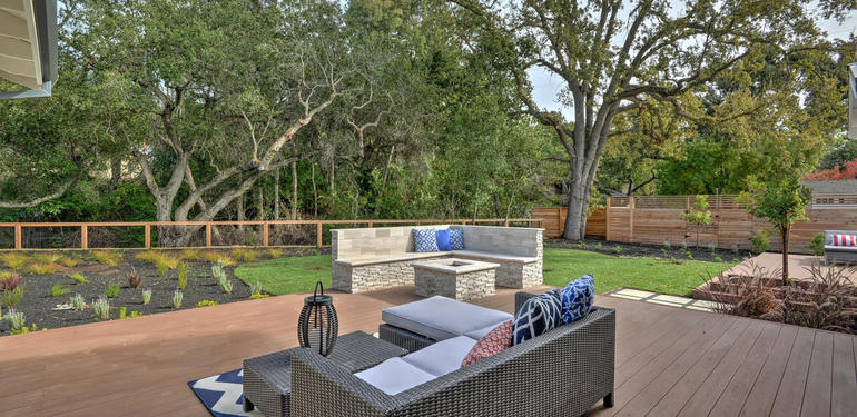 349_Blue_Oak_Lane_Los_Altos_CA-large-044-21-Patio_to_Backyard_View-1499x1000-72dpi.jpg