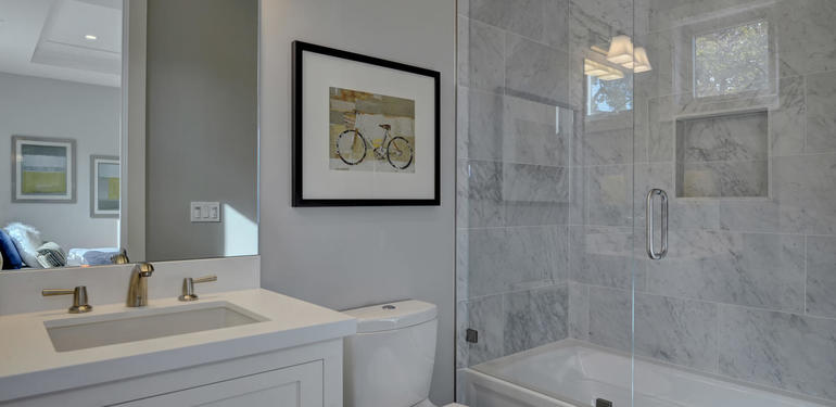 349_Blue_Oak_Lane_Los_Altos_CA-large-034-35-Hall_Bedroom_Two_Attached_Bath-1500x1000-72dpi.jpg