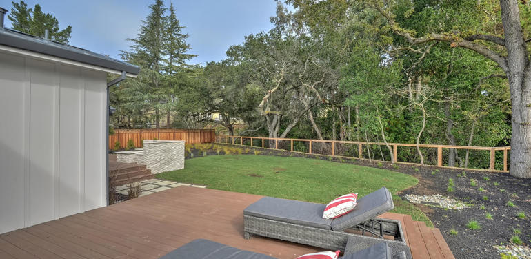 349_Blue_Oak_Lane_Los_Altos_CA-large-029-30-Master_Patio-1499x1000-72dpi.jpg
