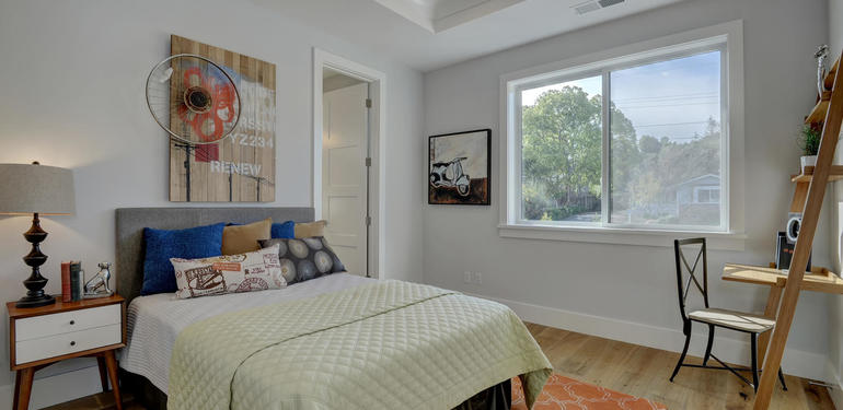 349_Blue_Oak_Lane_Los_Altos_CA-large-030-27-Hall_Bedroom_One-1500x1000-72dpi.jpg