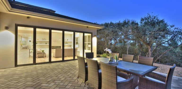 10888_Magdalena_Ave_Los_Altos-large-056-51-Patio_View_to_Family_Room_at-1500x1000-72dpi.jpg