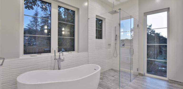 1677_Whitham_Ave_Los_Altos_CA-large-019-020-Master_Bathroom_Bathtub_and-1498x1000-72dpi.jpg