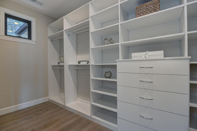 10880 magdalena rd los altos large 055 55 master closet space 1495x1000 72dpi