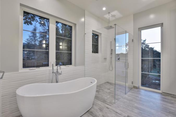 1677 whitham ave los altos ca large 019 020 master bathroom bathtub and 1498x1000 72dpi