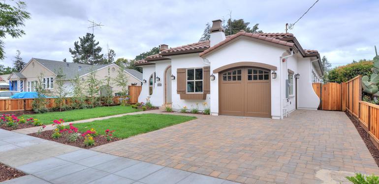 390_Margarita_Ave_Palo_Alto_CA-large-004-Front__Right_View-1498x1000-72dpi.jpg