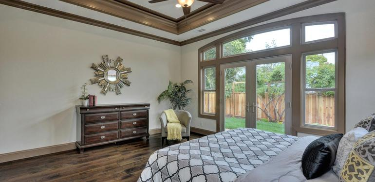 390_Margarita_Ave_Palo_Alto_CA-large-024-Master_Bedroom_View-1500x1000-72dpi.jpg
