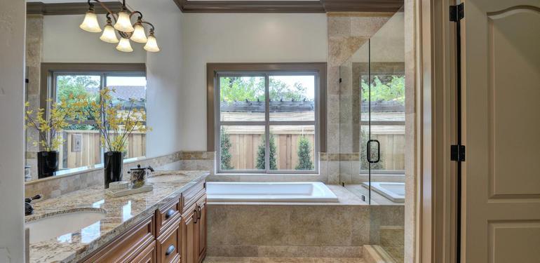 390_Margarita_Ave_Palo_Alto_CA-large-026-Master_Bathroom-1500x1000-72dpi.jpg