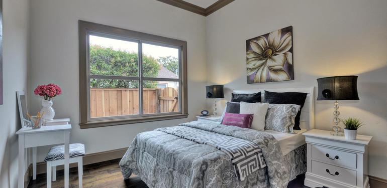 390_Margarita_Ave_Palo_Alto_CA-large-030-Bedroom_Three-1499x1000-72dpi.jpg