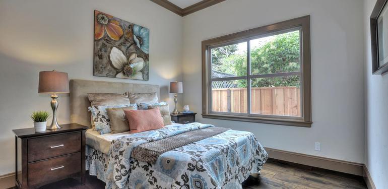 390_Margarita_Ave_Palo_Alto_CA-large-031-Bedroom_Four-1500x1000-72dpi.jpg