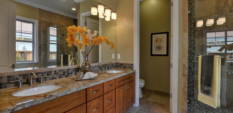 10860_Johnson_Ave_Cupertino_CA-large-017-Master_Bath_View-1499x1000-72dpi.jpg