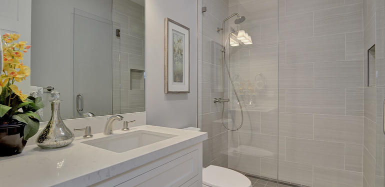 349_Blue_Oak_Lane_Los_Altos_CA-large-037-23-Hall_Bath_View-1499x1000-72dpi.jpg