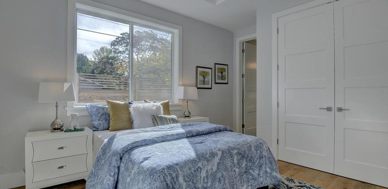 349_Blue_Oak_Lane_Los_Altos_CA-large-033-37-Hall_Bedroom_Two-1497x1000-72dpi.jpg