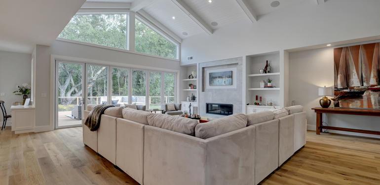 349_Blue_Oak_Lane_Los_Altos_CA-large-014-11-Family_Room_View-1498x1000-72dpi.jpg