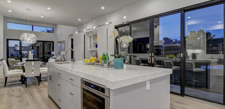 903_Loyola_Dr_Los_Altos_CA-large-009-20-Kitchen_to_Family_Room_View-1500x994-72dpi.jpg