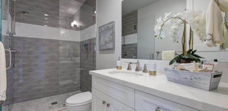10888_Magdalena_Ave_Los_Altos-large-052-38-Bathroom_Five-1499x1000-72dpi.jpg